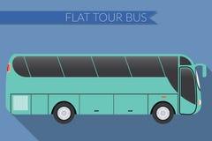 平的设计传染媒介例证城市运输,公共汽车,城市间,长途旅游教练公共汽车,侧视图 库存照片