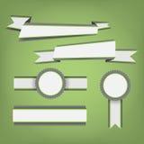 平的颜色丝带和徽章 免版税图库摄影