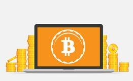 平的bitcoin采矿设备 与Bitcoin标志的金黄硬币在计算机概念 免版税库存照片