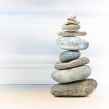 平衡岩石温泉塔 免版税库存照片