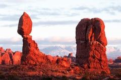 平衡岩石 免版税库存照片