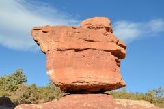 平衡庭院神岩石 库存照片