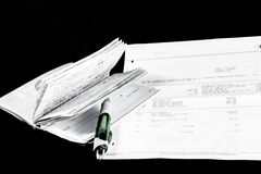 平衡支票簿 库存图片