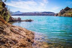 平衡的岩石小海湾一个庄严看法  库存图片