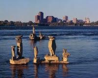 平衡的岩石艺术在渥太华 库存图片