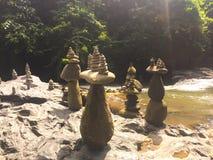 平衡的岩石-巴厘岛 库存图片