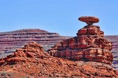 平衡的岩石 库存图片
