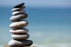 平衡石头 免版税库存照片