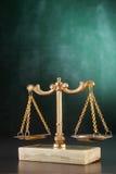 平衡缩放比例重量 免版税库存图片