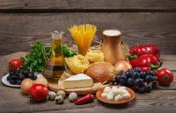 平衡饮食的概念 免版税库存照片