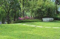 平静的庭院 库存图片