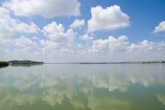 平静的海湾 免版税库存照片