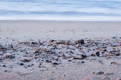 平静的海滩在Ouddorp荷兰 免版税库存图片