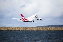 A380平面离开 库存照片