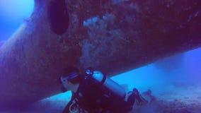 平面击毁佩戴水肺的潜水菲律宾 影视素材