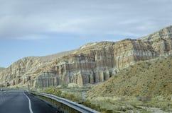 平直的沙漠路加利福尼亚 库存照片