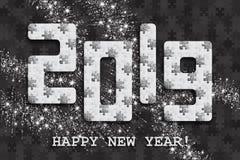 2019年与许多的拼图背景银色闪烁和白色片断 新年快乐卡片设计 抽象马赛克 向量例证