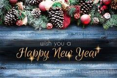 2018年与雪和rea的新年快乐和圣诞快乐框架 免版税库存照片