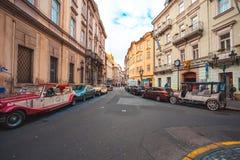 25 01 2018年布拉格,捷克Respublic -徒步游览的老汽车 库存图片