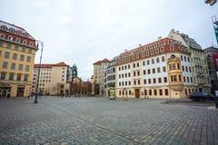 22 01 2018年德累斯顿,德国-在平方的Neumarkt的五颜六色的大厦 库存图片