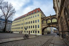 22 01 2018年德累斯顿;德国-天花板在Th修筑的被成拱形的桥梁 免版税库存图片