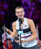 2019年捷克的澳网决赛选手佩特拉・克维托娃在战利品颁奖典礼期间的在她的决赛以后 库存照片