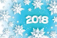 2018年新年快乐背景 圣诞节邀请的蓝色贺卡 纸裁减雪剥落 纸裁减冬天 库存照片