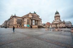 25 01 2018年柏林,德国-著名Gendarmenm全景  免版税库存照片