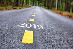 2019年的数字柏油路表面上 库存照片