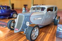 1933年福特旧车改装的高速马力汽车汽车 图库摄影