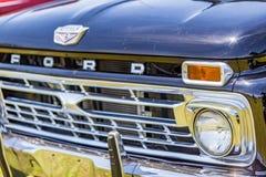 1966年福特F100卡车 免版税库存照片