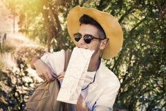 年轻冒险家旅行 免版税库存照片