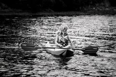 年轻皮艇 图库摄影