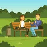 年轻谈话人和的妇女坐长凳在公园和,平的传染媒介例证 库存照片