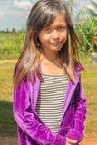 年轻逗人喜爱的女孩的画象在乡区在柬埔寨 库存图片