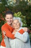 年长女性年轻人 库存图片