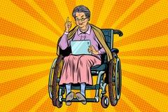 年长轮椅的妇女残疾人,小配件片剂 库存例证
