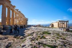 11 03 2018年雅典,希腊-帕台农神庙寺庙在一个晴天 Acr 免版税库存照片
