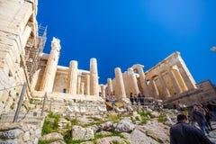 11 03 2018年雅典,希腊-帕台农神庙寺庙在一个晴天 Acr 免版税图库摄影