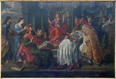 年龄12教学的布鲁塞尔-耶稣在寺庙 库存图片