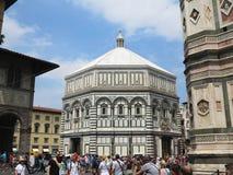 14 06 2017年,意大利,托斯卡纳,佛罗伦萨:游人人群Piaz的 免版税图库摄影