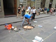 14 06 2017年,意大利,托斯卡纳,佛罗伦萨:街道艺术家绘cha 免版税图库摄影