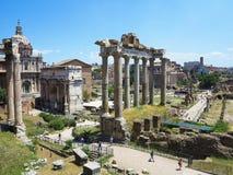 19 06 2017年,罗马,意大利:废墟美丽的景色著名罗马 免版税库存照片
