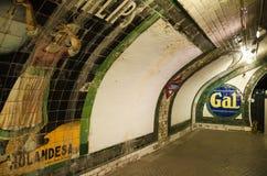 2014年10月18日的Chamberi地铁站在马德里,西班牙 免版税库存照片