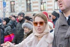 2018年2月25日,俄罗斯,莫斯科 鲍里斯・涅姆佐夫记忆的行军的Ksenia索布恰克在莫斯科的中心 免版税库存图片