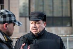 2018年2月25日,俄罗斯,莫斯科 Gudkov,在鲍里斯・涅姆佐夫记忆的行军的Genadiy在莫斯科的中心 免版税库存照片