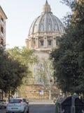 2018年4月19日,罗马,通过alla Stazione, St, peters圆顶预言 免版税库存图片