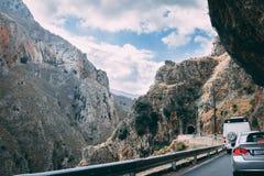 2017年10月2日, Topolia,希腊-在Topolia峡谷挖洞 免版税库存图片
