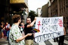 2017年9月17日-同性恋自豪日3月在贝尔格莱德塞尔维亚 反对那自豪感 免版税库存图片