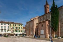 2016年6月11日 意大利-田园诗中世纪正方形在城市Bassano 免版税图库摄影